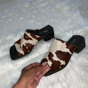 Vintage Style Cow Print Mules